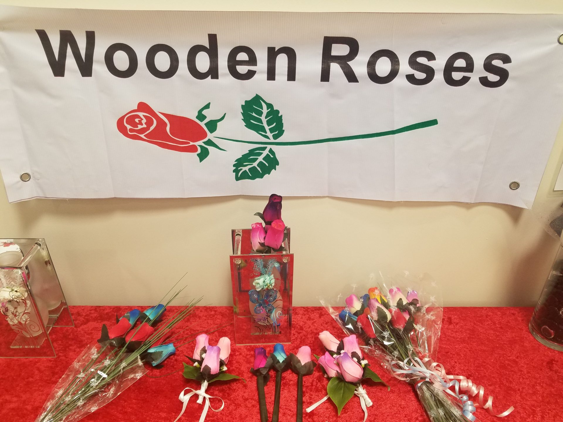 800 Wooden Roses